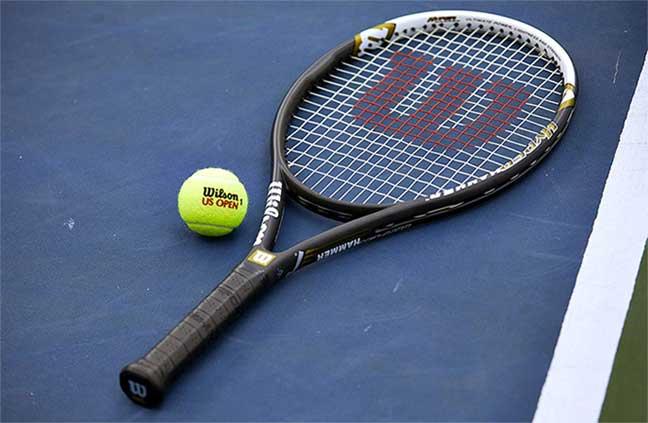 Wilson Hyper Hammer 5.3 strung Tennis Racket Review