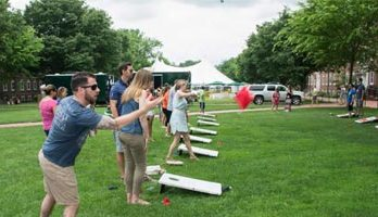 20+ Best Backyard Games for Family and Adults Bonding this Summer